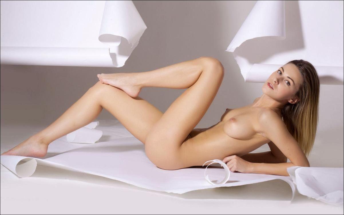 Скачат еротически фото болшои разрешении